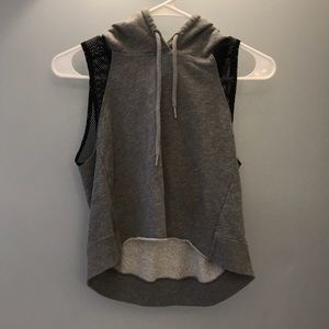 Hooded athletic gray cropped top :)
